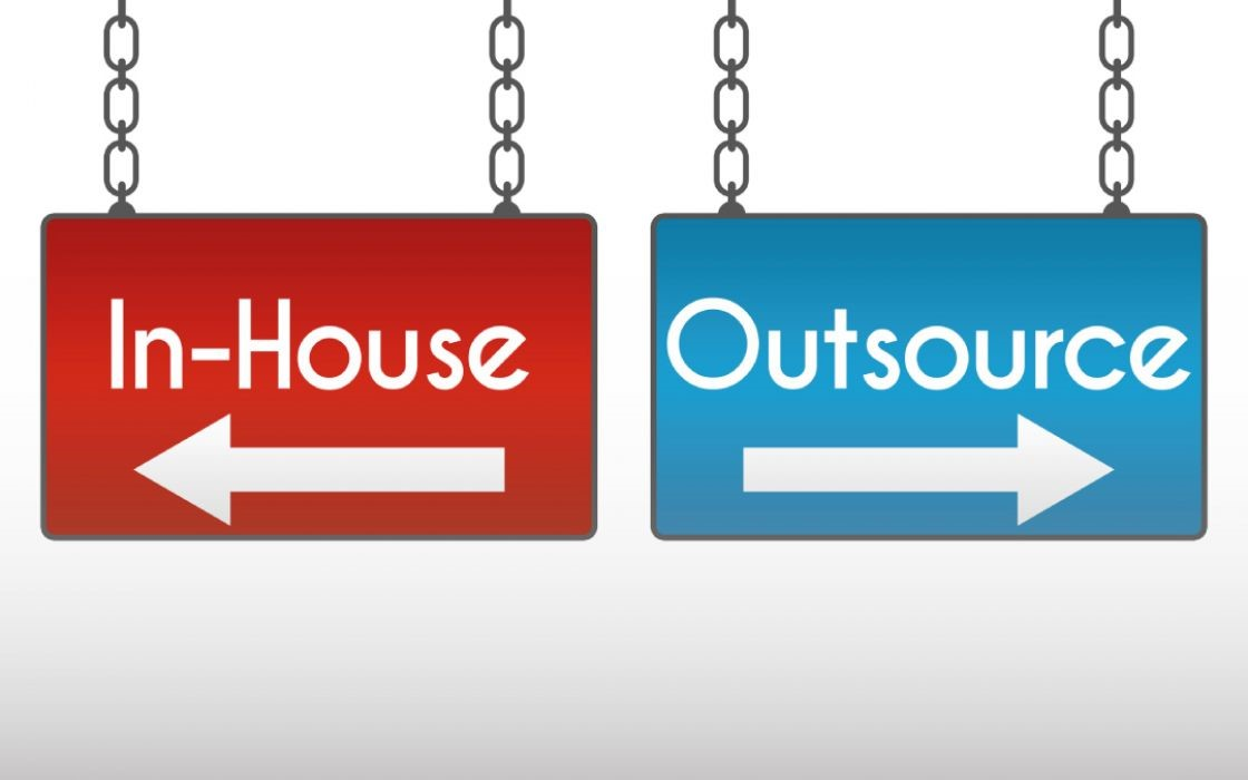 When to Go In-House and When to Outsource HR